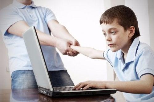 L'utilizzo della tecnologia può dare dipendenza