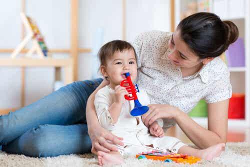 3 modi per intrattenere il bambino durante il giorno
