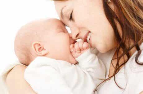 Sintonia tra mamma e bebè: 8 consigli