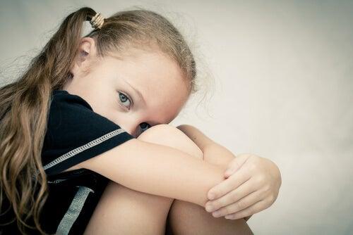 Psicopatia infantile: caratteristiche, diagnosi e cause