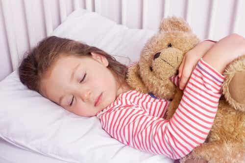 La tecnica del 4-7-8 che farà addormentare vostro figlio in un minuto