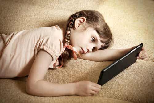 La pigrizia infantile: 6 consigli per evitarla