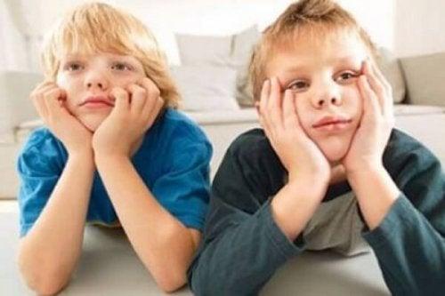 Spesso, la pigrizia infantile è provocata dalle cattive abitudini dei genitori