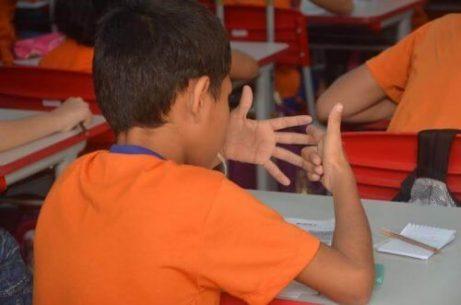 Spesso, l'ambiente scolastico non è il migliore perché i bambini imparino a fare le moltiplicazioni