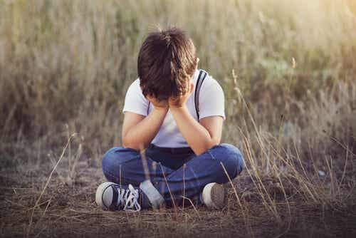 4 sintomi di carenza affettiva nei bambini