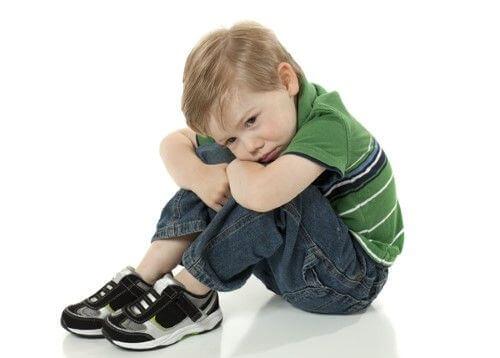 Non bisogna sottovalutare il rifiuto di un bambino di andare in un luogo dove prima era felice