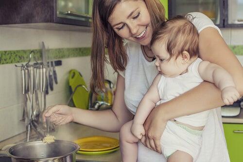 Dieta e allattamento: cosa mangiare?