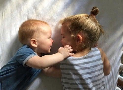L'arrivo di un fratello provoca molti cambiamenti in casa