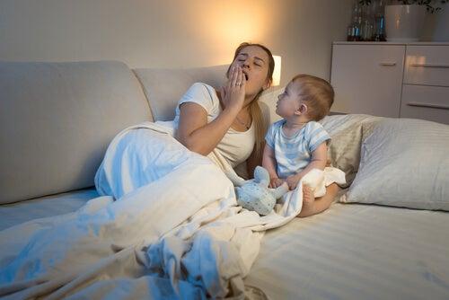 Il mio bebè ha il ciclo del sonno invertito