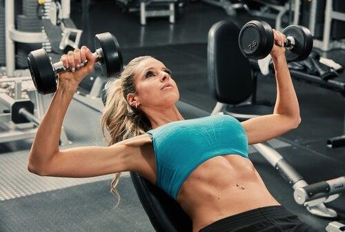 Sport per rafforzare il seno