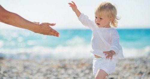 Educare i figli significa insegnare loro a rialzarsi da soli