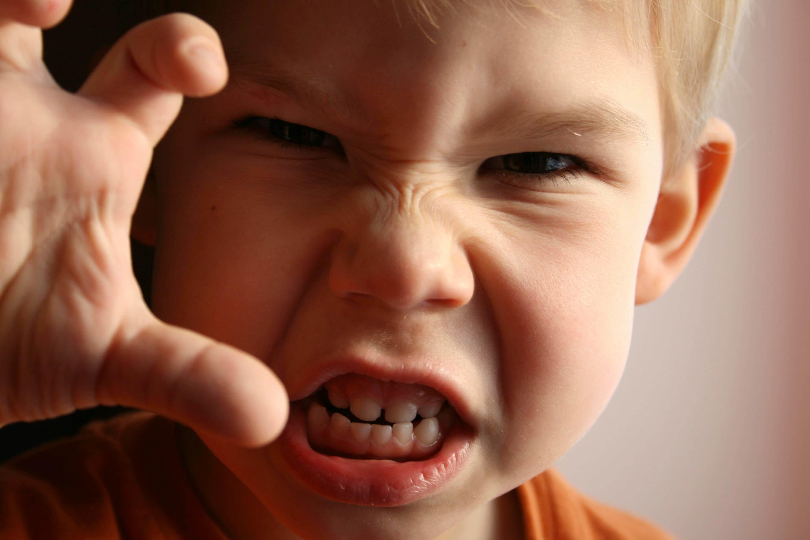 L'ira è una delle emozioni che può essere alla base del senso di frustrazione