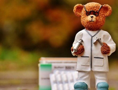 Orsacchiotto vestito da dottore