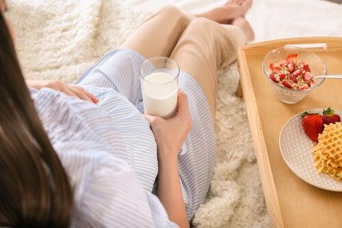 L'assunzione di cibi, in particolare quelli zuccherati, stimola i movimenti del bambino