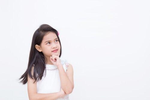 La forza emotiva si sviluppa insegnando a vostro figlio a regolare le sue emozioni