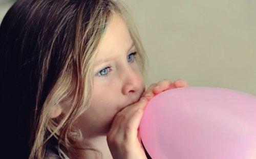 La tecnica del palloncino per calmare i bambini nervosi