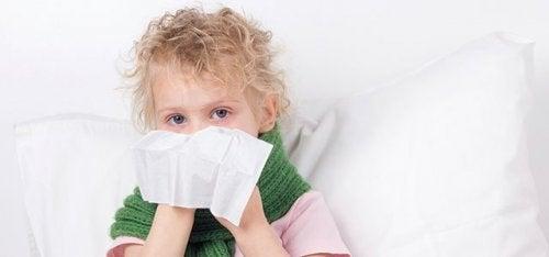La congestione nasale nei bambini può essere l'inizio di un raffreddore