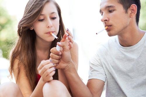 I giovani privi di stimoli finiscono per diventare una generazione passiva, comoda e mantenuta dai genitori