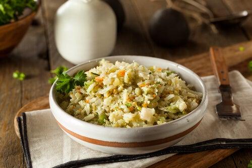 Il riso è una delle principali fonti di carboidrati che possiamo inserire nella dieta del bambino