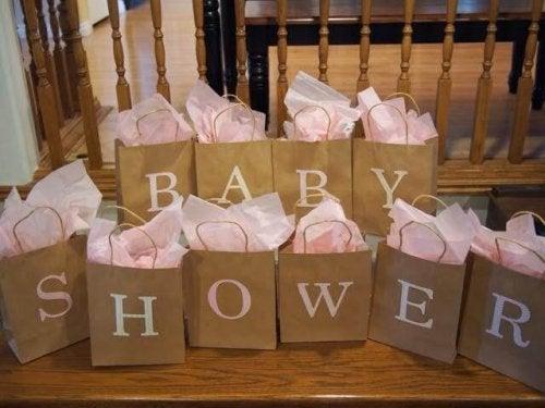 Il baby shower è la scusa perfetta per riunire amici e familiari e festeggiare l'arrivo del bebè