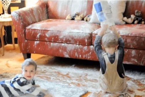 I bambini amano esplorare, investigare, scoprire. Per questo combinano marachelle.