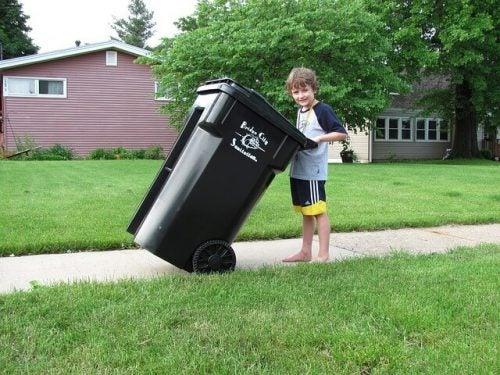 Ordine e pulizia: come insegnarli ai bambini
