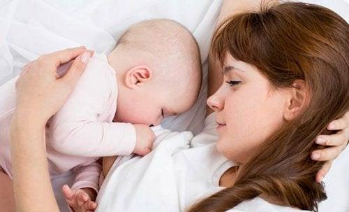 Come vivere bene il periodo dell'allattamento
