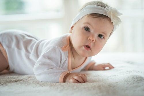 Sono di natura differente le varie cause che possono provocare singhiozzo nel bebè