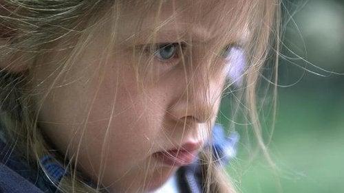 È importante imparare a riconoscere i sentimenti dei bambini, compresa la rabbia che possono provare