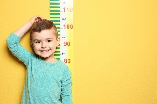 La crescita nei maschi: fino a che età crescono i ragazzi?