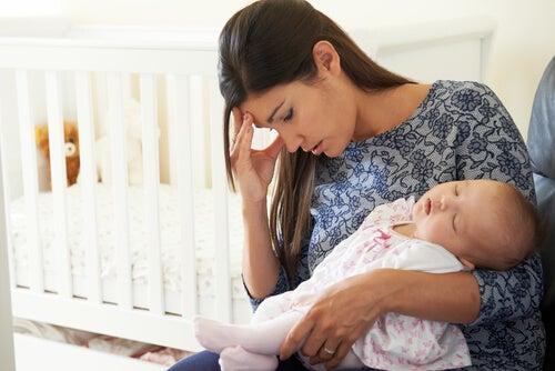 L'arrivo di un figlio stravolge la nostra vita: se non siamo preparati, pentirsi di essere genitori è più facile di quanto si creda