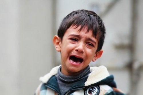 Pianto e cambiamenti di umore sono tra i sintomi di chi è colpito dal Disturbo d'Ansia Generalizzato