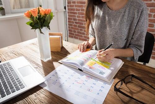 Essere madre e studiare richiede una notevole capacità di pianificazione