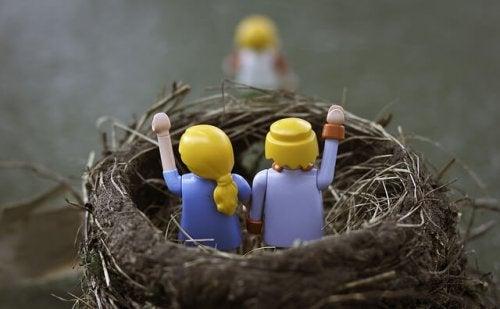 La sindrome del nido vuoto riprodotta con i Lego