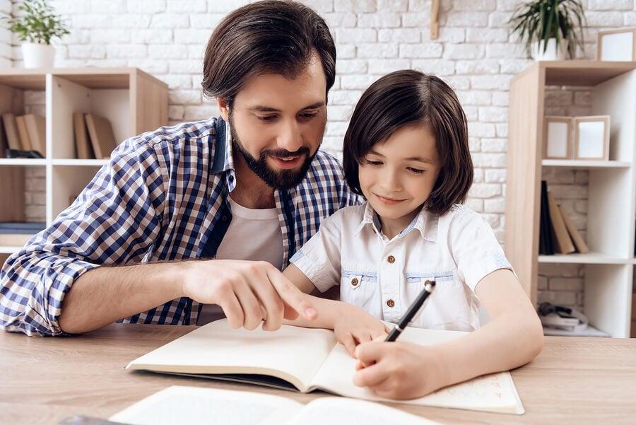 Per fare in modo che i bambini studino regolarmente dovete creare un'atmosfera piacevole