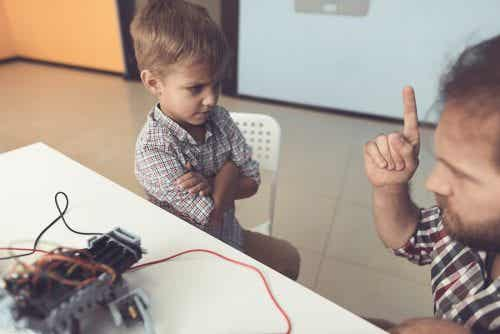 Figli che ignorano i propri genitori, cosa fare?