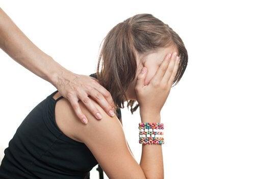 Uno dei problemi provocati da una bassa autostima è avere delle preoccupazioni costanti.