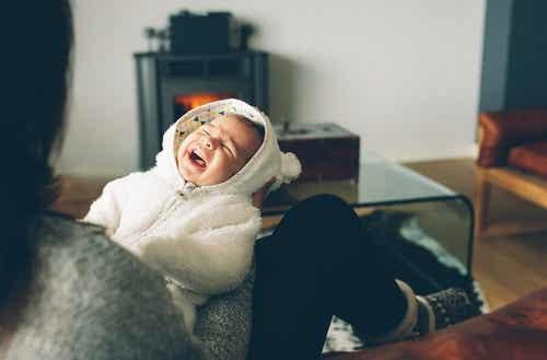 Che fare se il mio bambino piange sempre la notte?