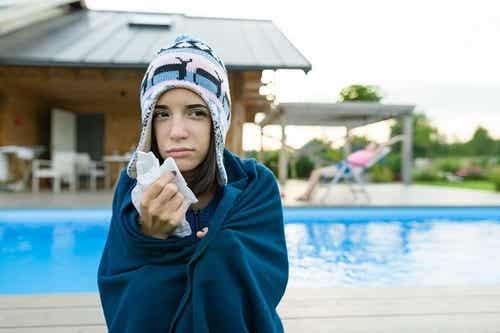 Il cloro delle piscine può causare allergie?