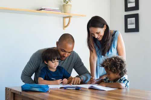 Cosa determina il successo scolastico nei bambini?