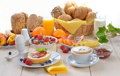 Come preparare tre colazioni deliziose