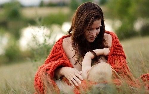 I miti sull'allattamento materno che dovreste sapere