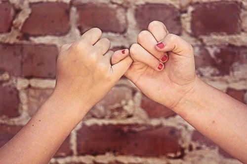 L'importanza di insegnare il valore dell'amicizia ai bambini