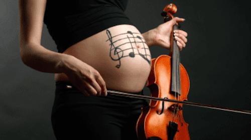 Ascoltare musica durante la gravidanza