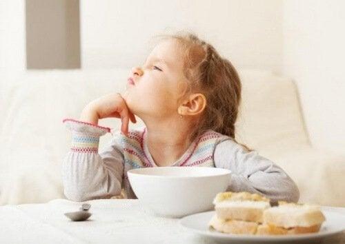 5 consigli utili per far mangiare i bambini