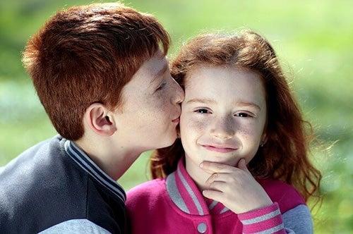 3 errori che fomentano la gelosia dei figli