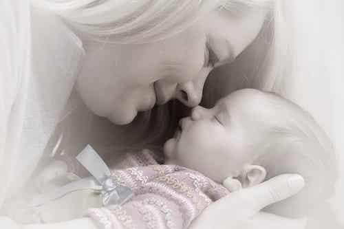 Emancipazione della donna, un effetto della maternità