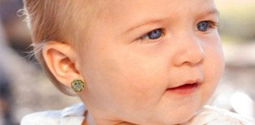 orecchini ai bebè