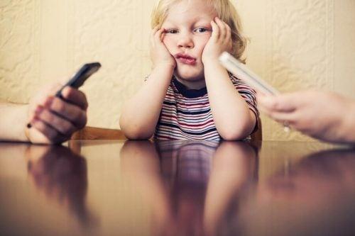 Scopriamo chi sono gli orfani digitali
