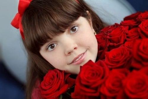Pubertà precoce nelle bambine: quali sono i motivi?